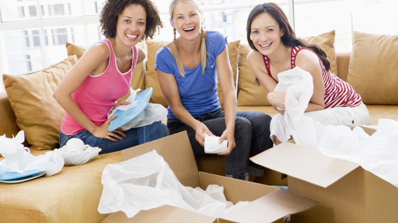 Six Tips for Moving In With Friends